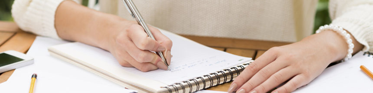 SKILLS WHICH YOU SHOULD LOOK FOR IN A PROFESSIONAL COPYWRITER